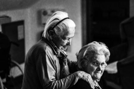 Pet najčešćih tabu-tema o kojima stariji odbijaju da razgovaraju