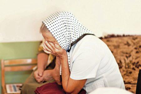 BRUKA! SUDBINA LJUBICE P. RASTUŽILA SRBIJU: Niko od šestoro dece nije hteo da preuzme slepu majku iz bolnice!