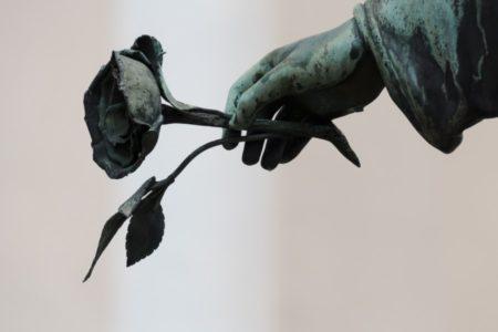 SVI NAŠI STRAHOVI SLIVAJU SE U OVAJ JEDAN, NAJGORI OD SVIH: Zašto se toliko plašimo bola i smrti, ako su oni prirodni?