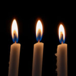 NAJBRŽI I NAJEFIKASNIJI NAČIN ZA UKLANJANJE DUVANSKOG DIMA: Sirće, sveće, i jedna posebna biljka!