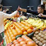 NOVOSAĐANI OVO VOĆE NEMILICE KUPUJU: Kilogram košta i do 1000 dinara
