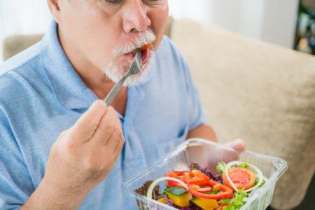 STALNO OSEĆATE GLAD? Ovo su 6 glavnih razloga zbog kojih ne možete da prestanete da jedete!
