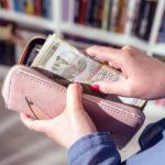 PRAVITE VELIKU GREŠKU: Ruke se ne stavljaju u novčanik samo kad trebamo nešto platiti!