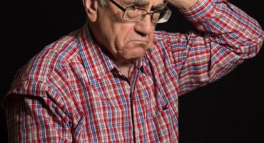 PENZIONERU NIKOLI M. IZ BEOGRADA ŽIVOT SE U SEKUNDI PREOKRENUO: Prodao stan i seo u autobus, a onda mu se sve okrenulo, neko mu je ukrao novčanik! Bio je to tek početak drame