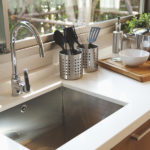 BEZ KAPI HEMIJE: Ovaj trik je spas kada vam se zapuši sudopera!