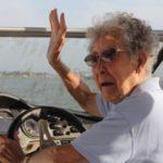 OTKRILI JOJ RAK, ALI UMESTO LEČENJA ONA ODLUČILA DA PUTUJE: Baka (90) rešila je da živi punim plućima!